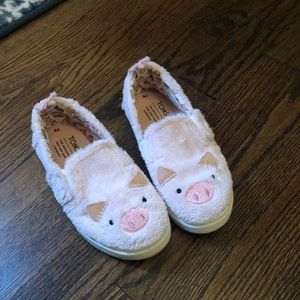 Toms Piggy Slip On Sneakers